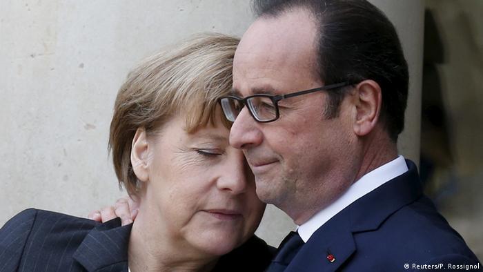 Frankreich Erster Jahrestag Charlie Hebdo Anschläge Merkel Hollande (Reuters/P. Rossignol)