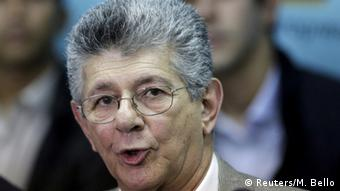 Head shot of Venezuela's bespectacled opposition leader Henry Ramos Allup