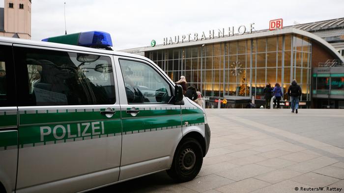 Полицейская машина в Кельне