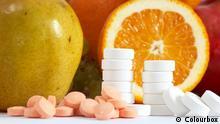 Symbolbild Früchte und Pillen