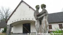 Blick auf die ehemalige Goebbels-Villa auf dem Gelände der ehemaligen Jugendhochschule der Freien Deutschen Jugend (FDJ) am 14.12.2015 am Bogensee bei Wandlitz (Kreis Barnim). Foto: Jörg Carstensen/dpa
