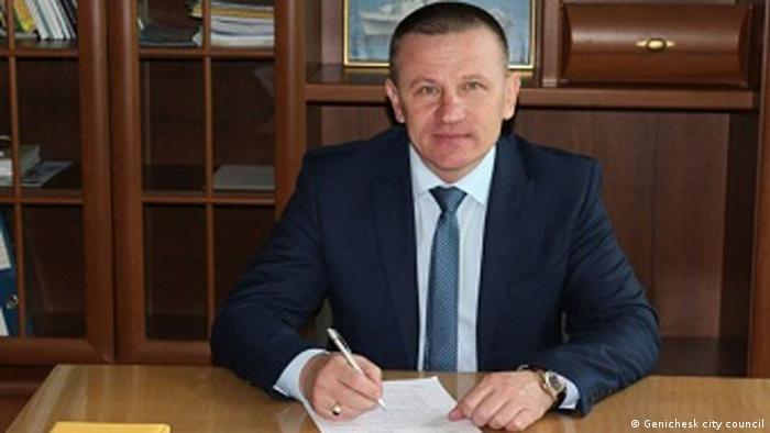 Мер Генічеська Олександр Тулупов стверджує, що звертався щодо газу лише до української влади