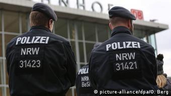 Deutschland Köln Polizeipräsenz nach sexuellen Übergriffen