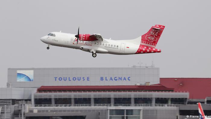 Flugzeug der Fluggesellschaft TransNusa