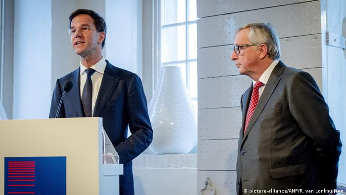 Dutch Prime Minister Mark Rutte pictured with European Commission President Jean-Claude Juncker