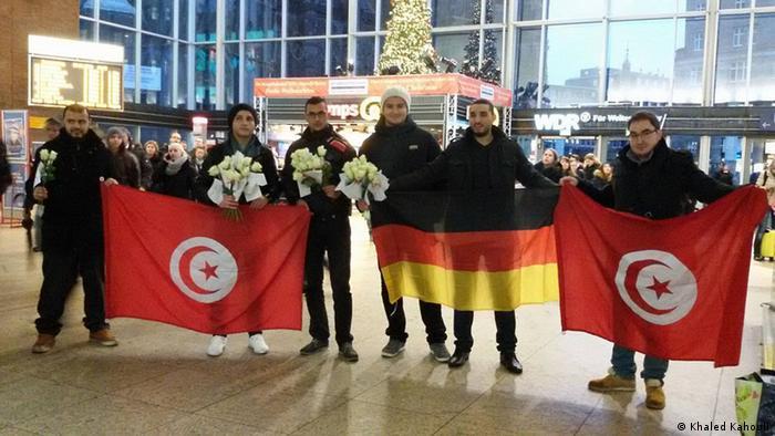Акция тунисцев в поддержку жертв насилия со стороны мигрантов в Кельне