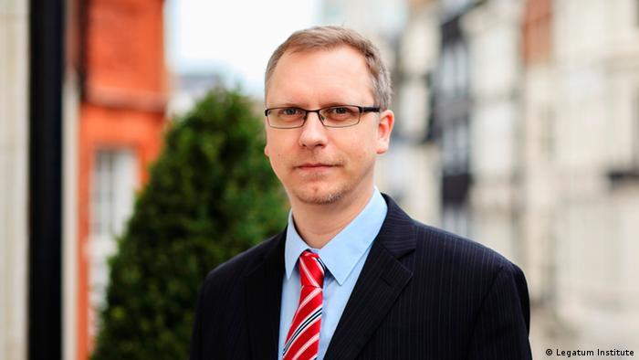 Anton Schechowzow Politologe