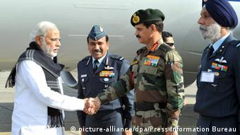 Narendra Modi Pathankot Indien (picture-alliance/dpa/Press Information Bureau)