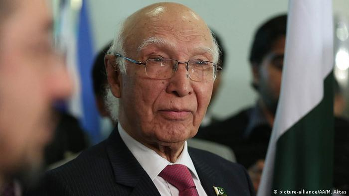 Pakistan Sartaj Aziz (picture-alliance/AA/M. Aktas)