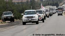 11.01.2016+++ Aid convoys carrying food, medicine and blankets, leave the Syrian capital Damascus as they head to the besieged town of Madaya on January 11, 2015. Aid convoys prepared to enter the besieged Syrian town of Madaya, which is blockaded by the Syrian regime, where more than two dozen people have reportedly starved to death according to an aid official, at the same time as convoys carrying aid for another two Syrian towns under rebel siege, Fuaa and Kafraya. / AFP / LOUAI BESHARA (Photo credit should read LOUAI BESHARA/AFP/Getty Images) +++ (C) Getty Images/AFP/L. Beshara