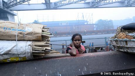 Indien Winter Frau Arbeiterin Kalkutta