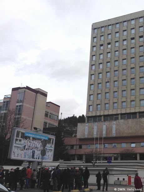 Bosnien Herzegowina Proteste gegen die Schließung eines Krankenhauses