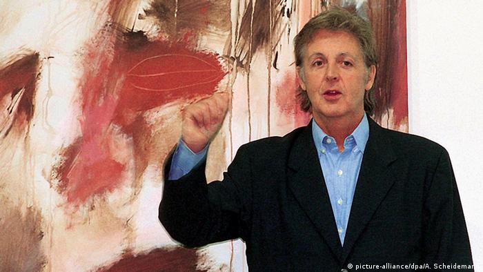 Paul McCartney mit Gemälde - Eröffnung Ausstellung in Siegen