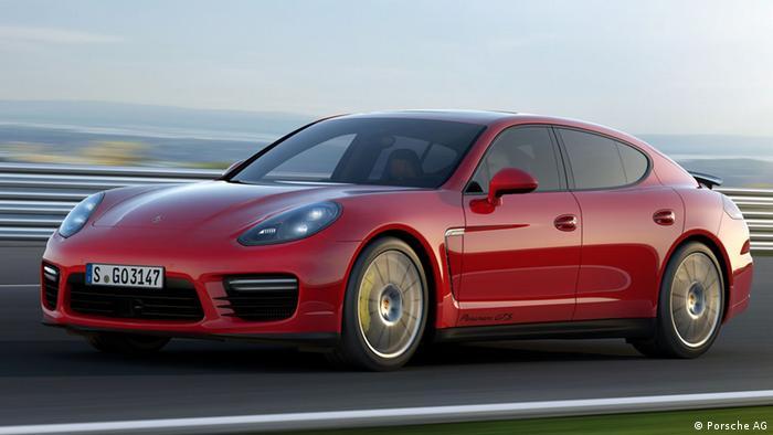 Porsche Panamera GTS 2016