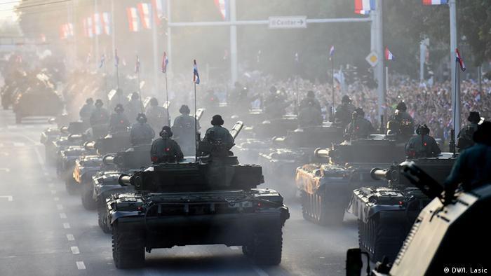 Kroatien Zagreb Armee Militärparade