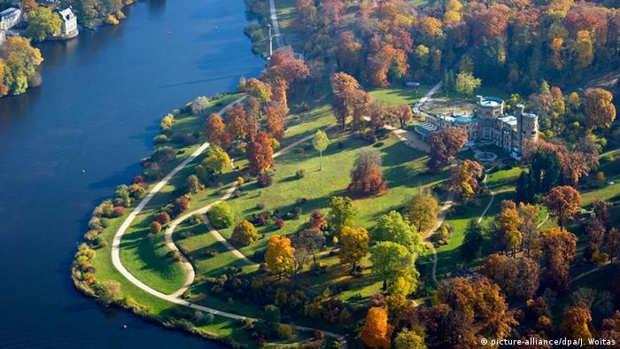 Potsdam Schloss Babelsberg Luftaufnahme