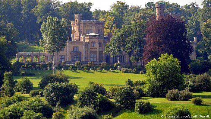 Замок Бабельсберг в Потсдаме