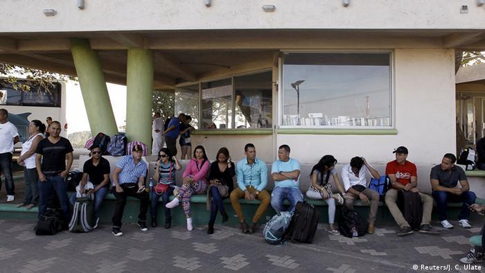 Costa Rica Migranten aus Kuba auf dem Weg zur Grenze Guatemala-Mexiko