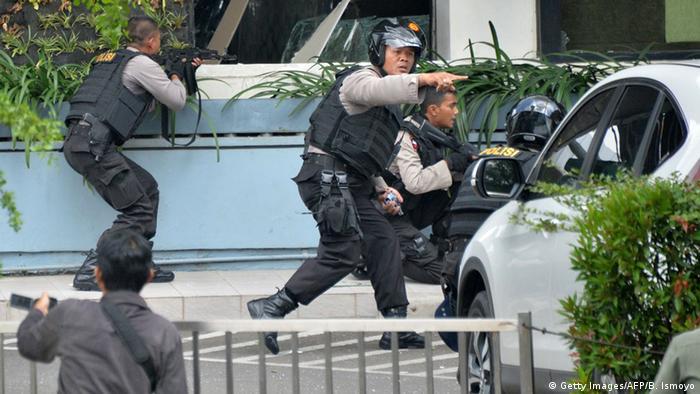 Indonesien Bombenanschläge in Jakarta
