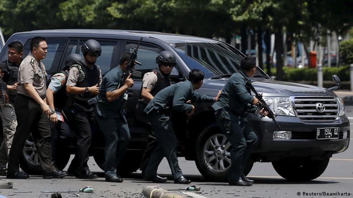 Indonesien Bombenanschläge in Jakarta (Reuters/Beawiharta)