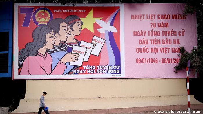 Vietnam Hanoi 12. Kongress der Kommunistischen Partei Vietnam Plakat