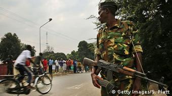 Burundi Sicherheitskräfte Soldaten (Getty Images/S. Platt)