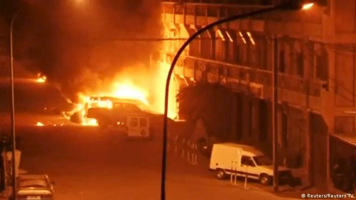 The Hotel Splendid Hotel in Ouagadougou in flames (Reuters/Reuters TV)
