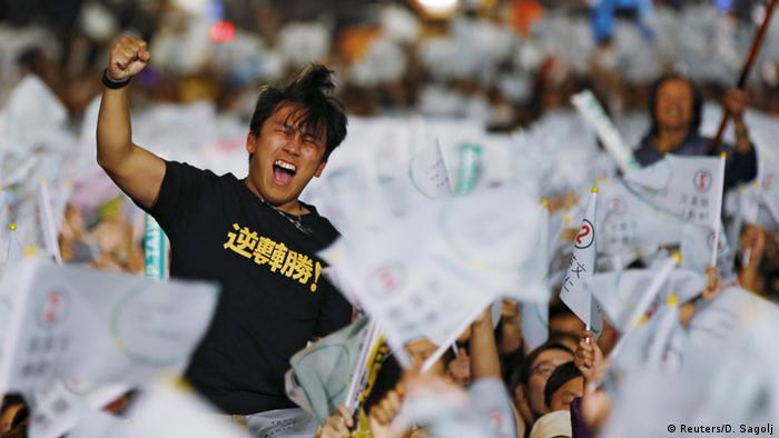 Taiwan Wahl Jubel Anhänger Wahlsieg Tsai Ing-wen