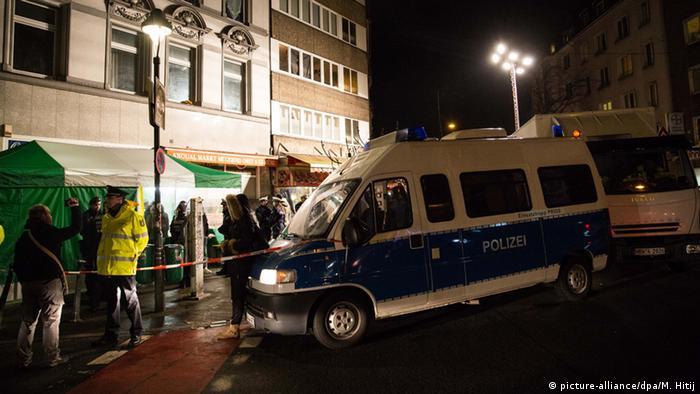 Deutschland Razzia in Düsseldorf - Maghreb-Viertel