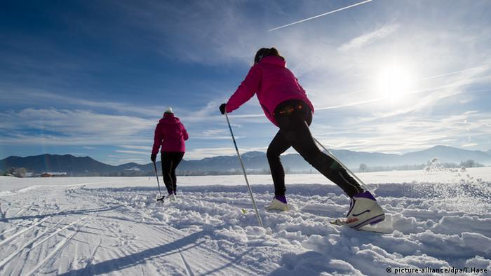 Ski Langlauf Lenggries (picture-alliance/dpa/T.Hase)