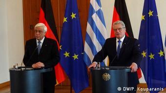 Π. Παυλόπουλος και Γ. Γκάουκ στην κοινή συνέντευξη τύπου μετά τη συνάντησή τους