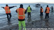 صحنهای از تلاش پناهجویان برای رساندن خود به جزیره لسبوس