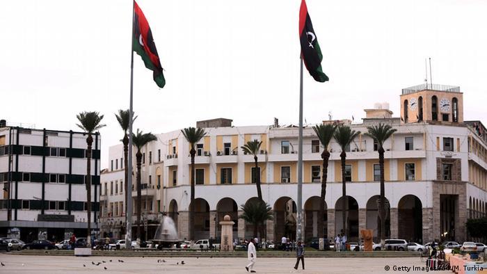 Libyen Tripolis Platz der Märtyrer Stadtbild Symbolbild (Getty Images/AFP/M. Turkia)