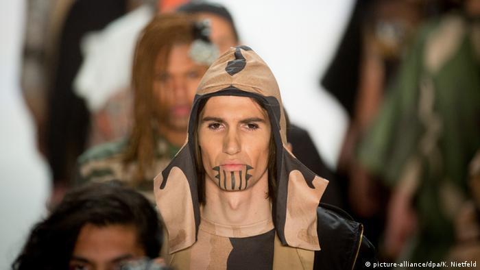 Berlin Fashion Week Sadak