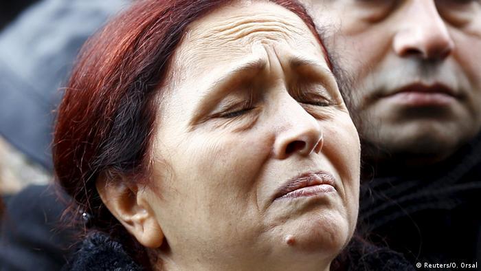 Türkei Gedenken ermordeter Journalist Hrant Dink - Witwe Rakel Dink (Reuters/O. Orsal)
