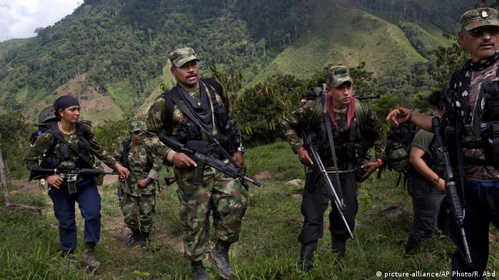FARC-Rebellen in Kolumbien (Foto: picture-alliance/AP)