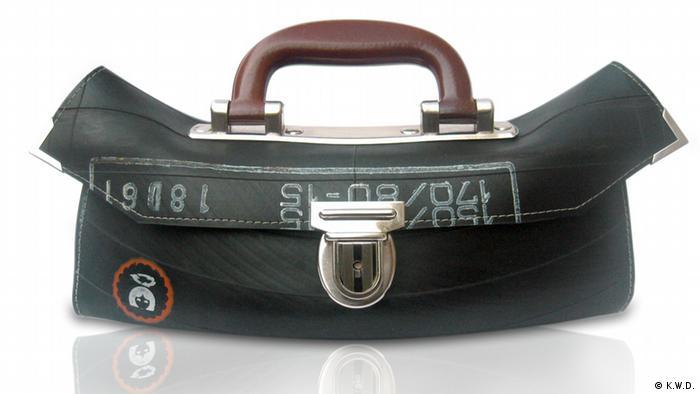 Сумка из резиновых камер