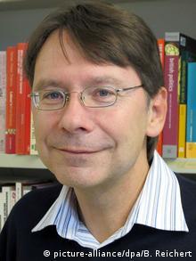 Ο Ούβε Γιουν, πολιτικός επιστήμων στο Πανεπιστήμιο του Τρίερ