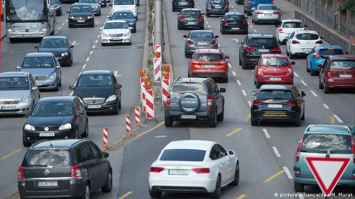 Deutschland Innenstadt Stuttgart (picture-alliance/dpa/M. Murat)