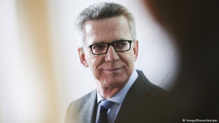 Online-Plattform betterplace.org - Bundesinnenminister Thomas de Maizière
