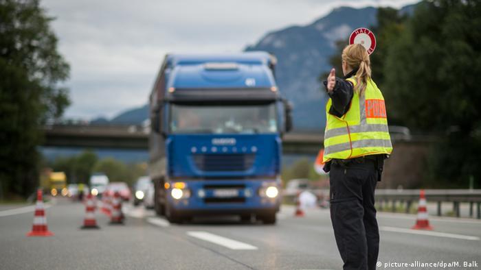 Контроль на німецько-австрійському кордоні