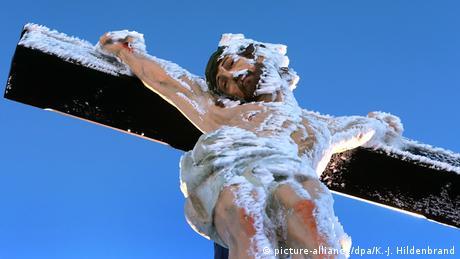 Deutschland BdT Jesusfigur auf dem Kreuzberg bei Bischofsheim