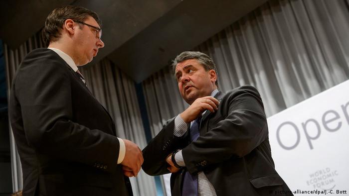 U Davosu 2016: tadašnji premijer Vučić i vicekandelar Gabrijel