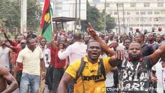 Supporters of Nnamdi Kanu took to the street of Enugu to celebrate his release 17 December 2015