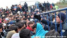 Flüchtlinge an der Grenze zu Kroatien und Serbien
