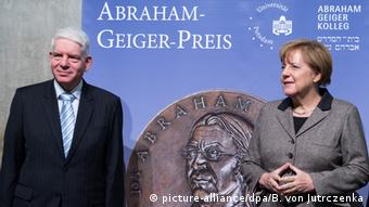 Archivbild Bundeskanzlerin Angela Merkel bei der Abraham-Geiger-Preisverleihung 2015