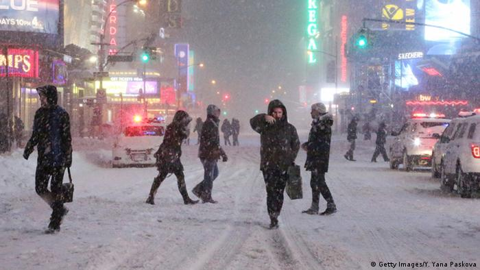 USA New York Blizzard Schneesturm