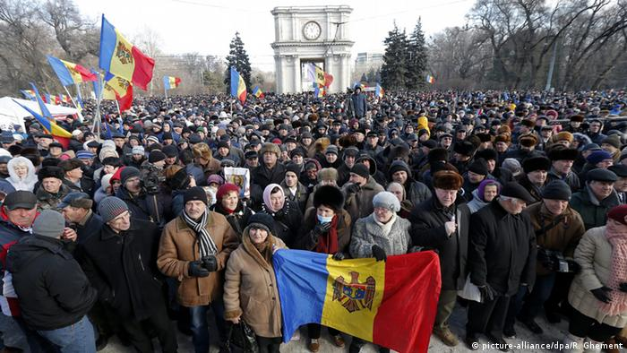 Proteste in Chisinau Moldova (picture-alliance/dpa/R. Ghement)