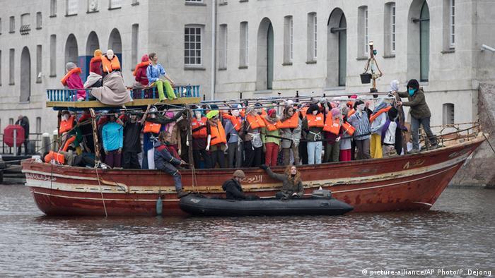 Portest von Amnesty International in Amsterdam gegen die EU Flüchtlingspolitik