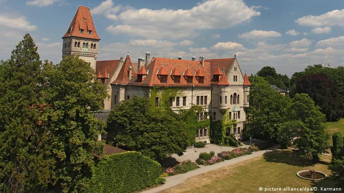 Faber Castell Schloss am Stammsitz in Nürnberg